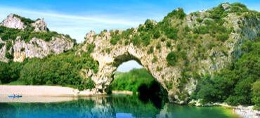 vallon pont-d-arc-ardeche2